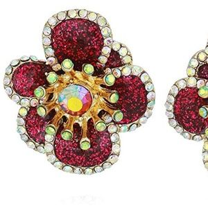 NWT BETSEY JOHNSON FLOWER STUDS